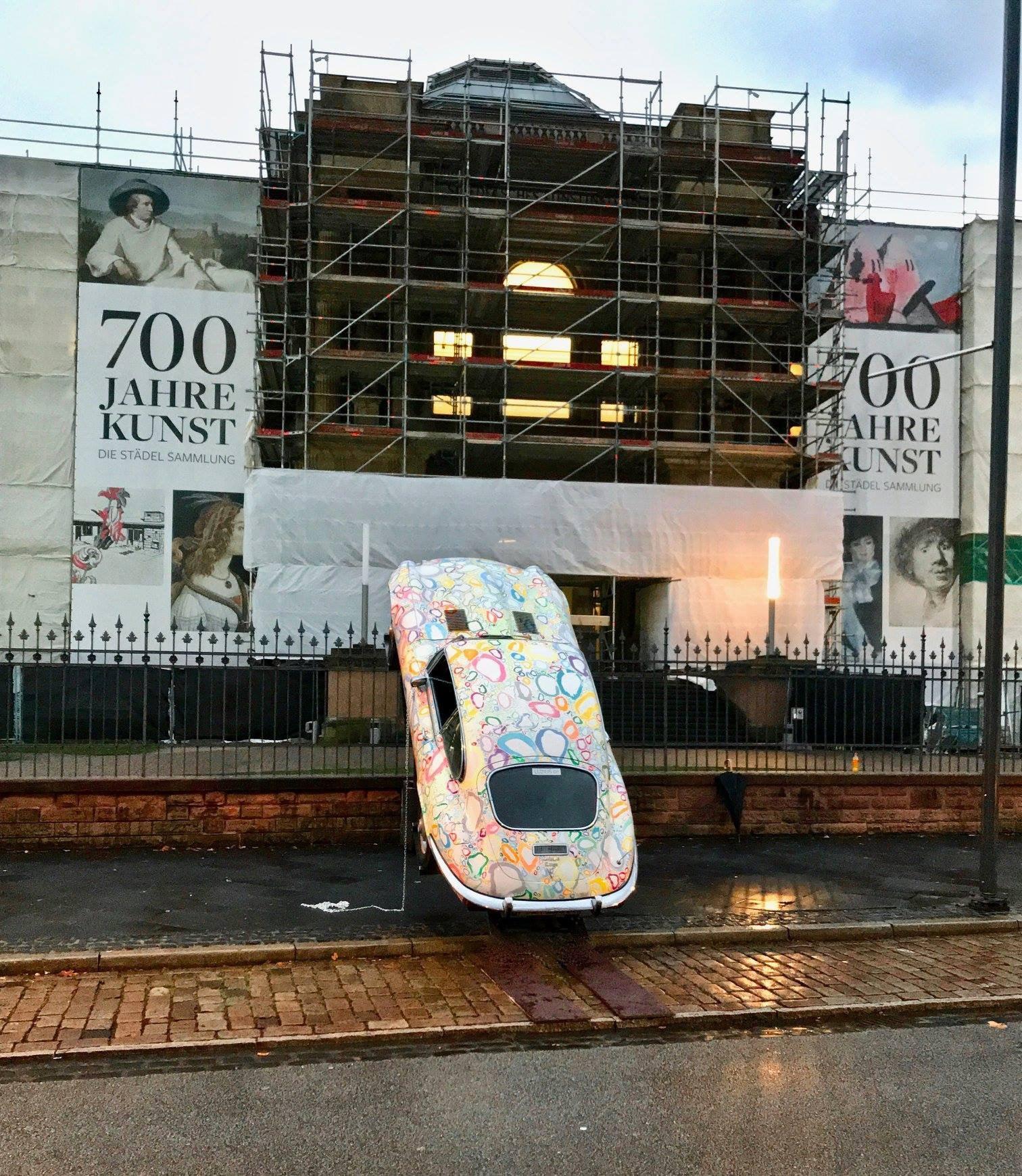 Jaguar-E-Type-Frankfurt-Städel-Museum-Art-Frankfurter-Allgemeine-Zeitung
